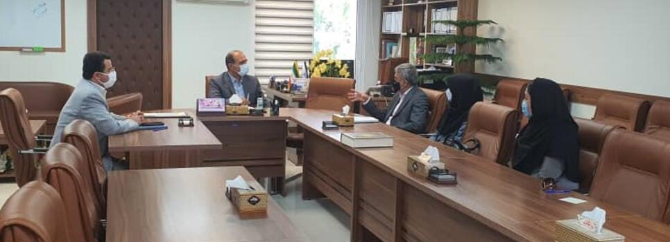(فارسی) در پنجمین روز از هفته سلامت برگزار شد نشست مشترک انجمن جهانی پزشکان صلح و سلامت و معاون فرهنگی دانشجویی دانشگاه علوم پزشکی شهید بهشتی