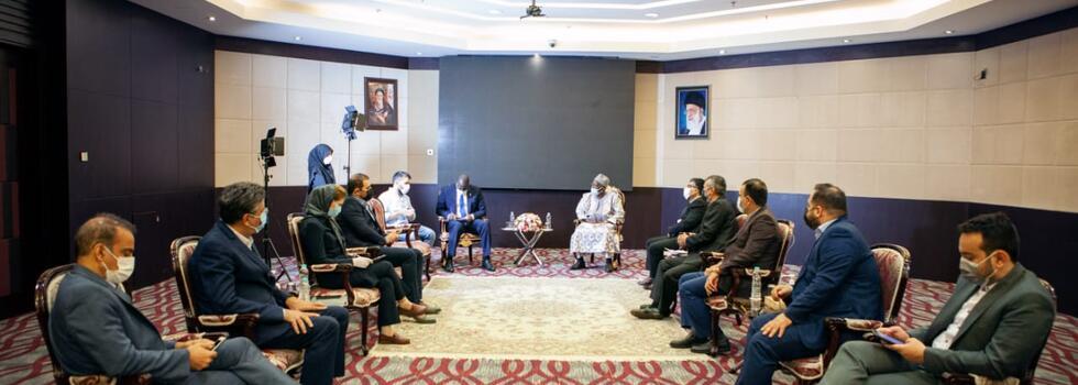 دیدار مدیرانجمن جهانی پزشکان صلح و سلامت با نایب رئیس مجلس کشور گینه کوناکری